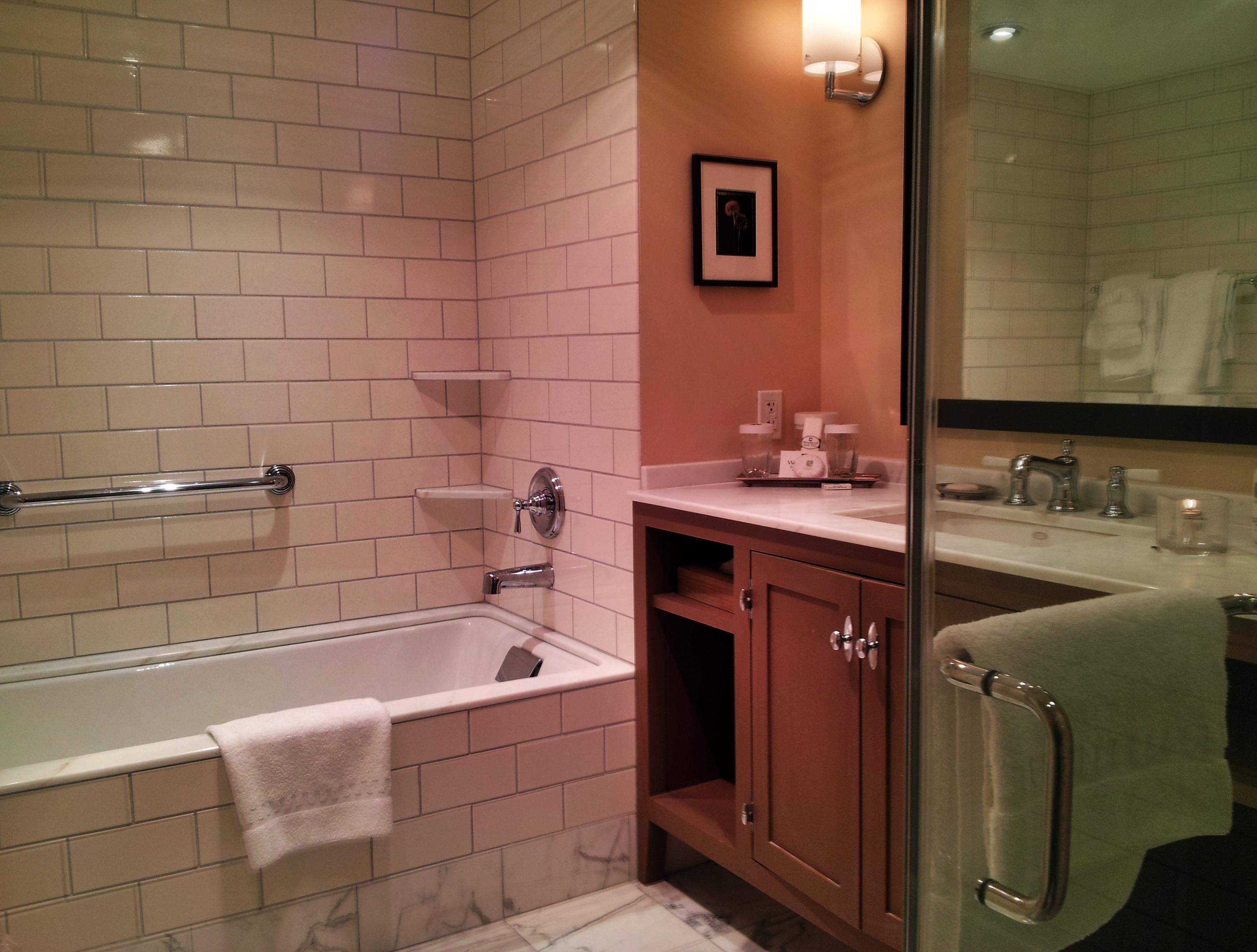 Woodstock Bathroom Furniture Modern Vanities Il Real Estate Photography Jonathon Lane Apple